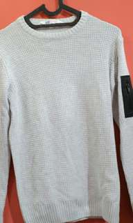 Sweater H&M 10-12 no defect like BN