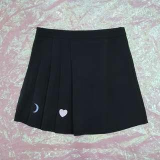 愛心月亮刺繡不對稱百褶裙