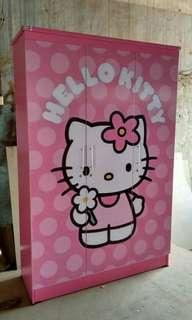 Lemari Hello kitty