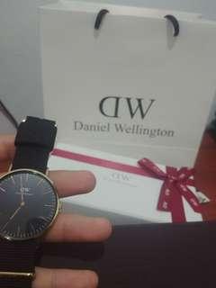 Jual murah daniel wellington