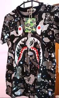 Jual Rugi BAPE space CAMO SHARK T-shirt (size S)