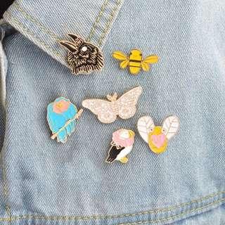#186 bee butterfly bird birds animal tumblr enamel pin | po