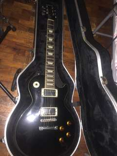 Epiphone Les paul standard with free hard case