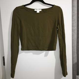 FOREVER21 KHAKI/ARMY GREEN LONG SLEEVE CROP