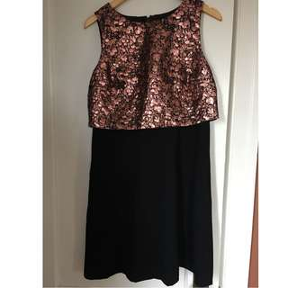 RW&CO Metallic Top Dress (Size 10)