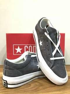 Sepatu converse 70S one star port