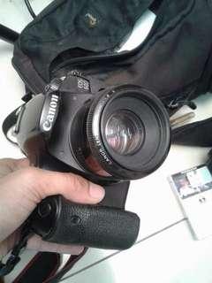 Kamera DSLR Canon | Free Lensa 18-135mm + lensa standart