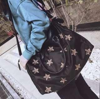 金刺繡星星牛津PU容量大電腦斜挎包單肩包手提包運動旅行
