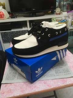 😍😍 Adidas boat shoes 😍😍