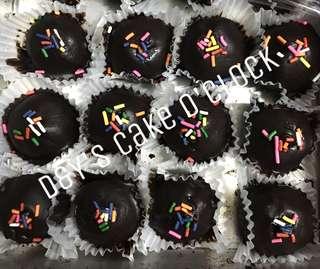 DELICIOUS CAKE BITES