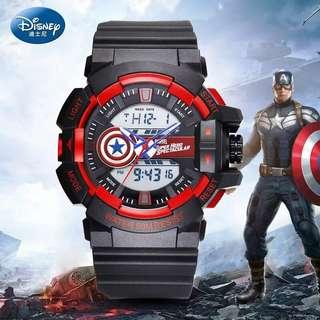 Disney MARVEL Led夜光防水手錶 $438 可以帶住游水