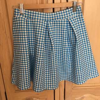 BNWT Boohoo blue and white gingham skirt