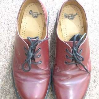 Dr. Martens Red Cherry