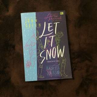 Let It Snow oleh John Green, Maureen Johnson, dan Lauren Myracle