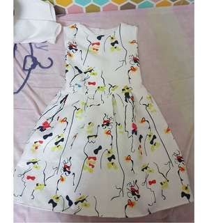 Fabulous + White + Colourful Flower Dress for sale (Suitable for OL or dating)