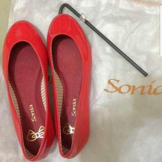 🚚 (限時特價)SONIA 全新皮革小紅鞋