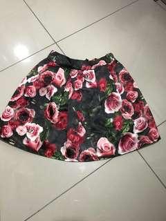 Rose print silky skirt