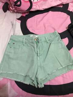 stradivarius shortpants uk 28