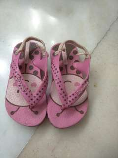 Used Kids Sandals 7 and 9 usa pr 22/23 eur or 25/26 eur
