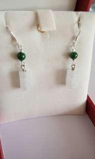 天然翡翠(A貨)冰種路路通配翠綠珠鑲925純銀耳環