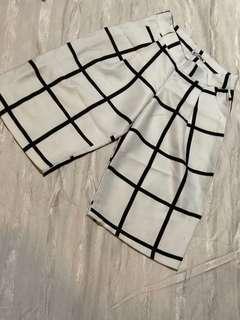 Stripes white pants