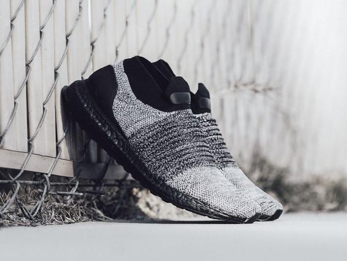 Adidas Ultra Boost Laceless Oreo Black