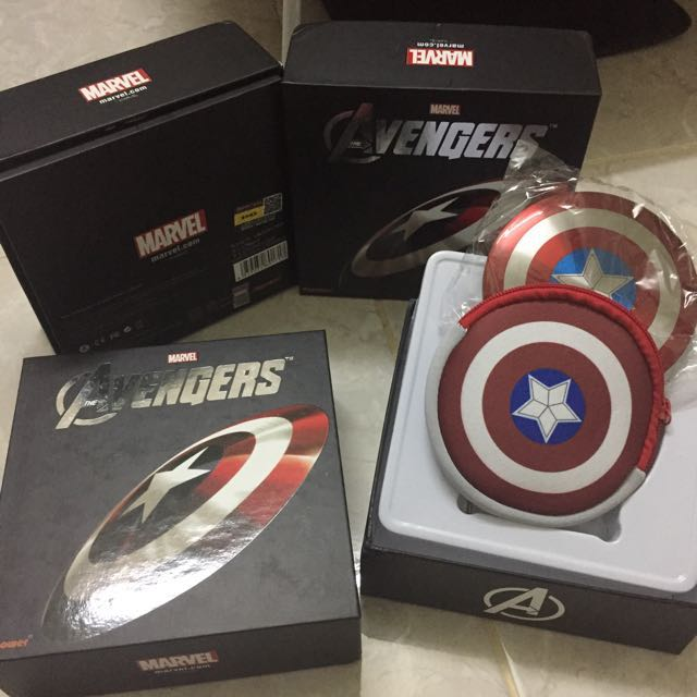 a442a8e1d19f0f Avengers Captain America Shield Power Bank 6800mAh with Bag, Mobile Phones  & Tablets, Mobile & Tablet Accessories, Power Banks & Chargers on Carousell