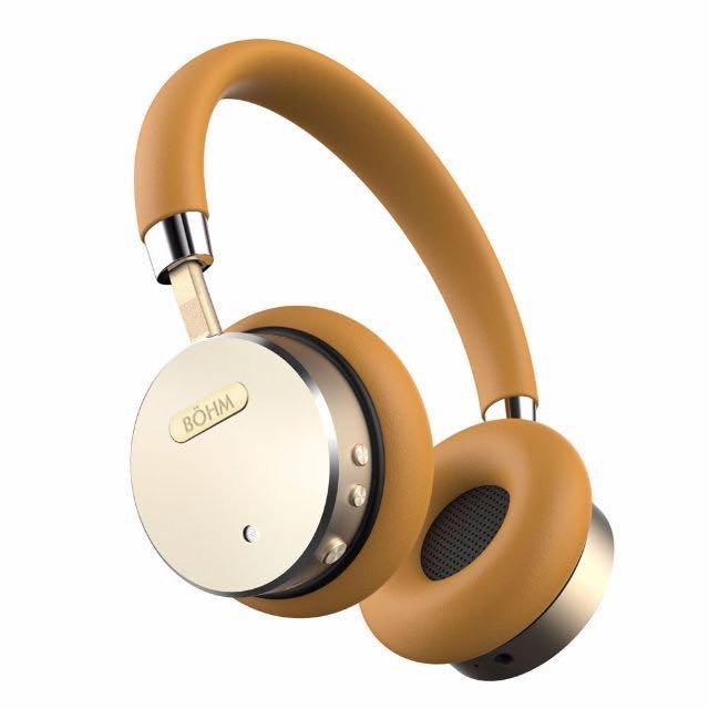 9ed07423c39 Damaged BÖHM Wireless Bluetooth Headphones with Active Noise ...