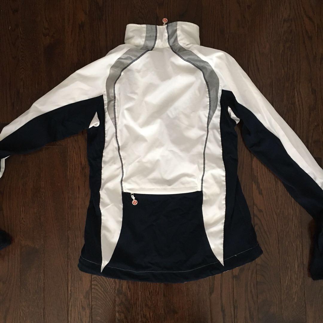 Lululemon Windbreaker Jacket Size 4 NWT