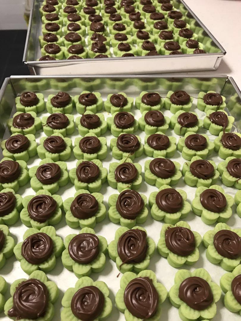 Nutella/White Choco Tarts
