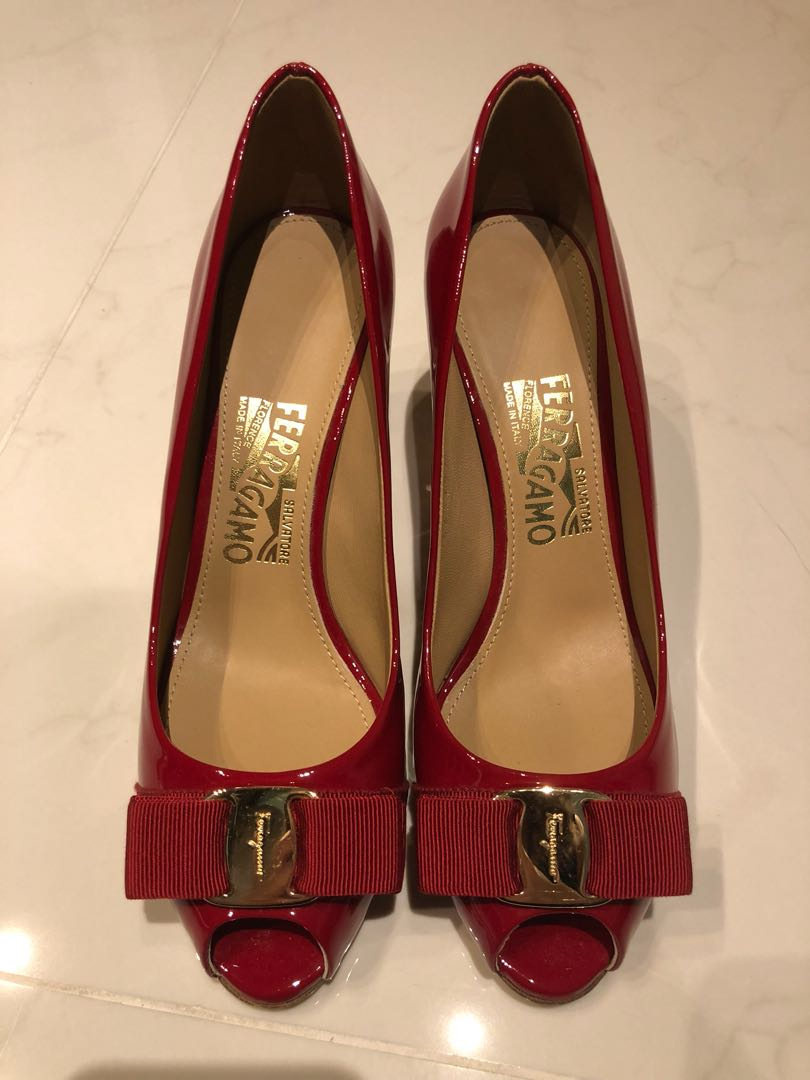 9465d688461a Salvatore Ferragamo Red Heels