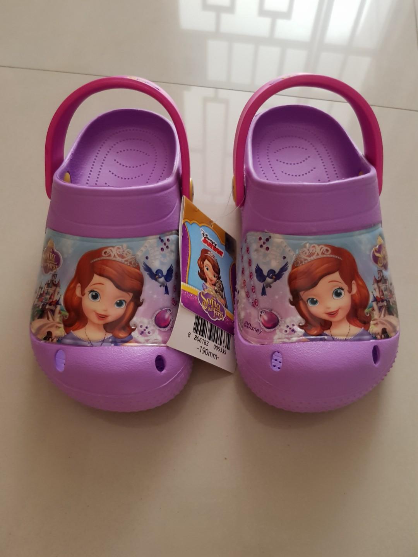 c1fff8ccf711b3 SOFIA Crocs inspired shoes - SIZE 19cm