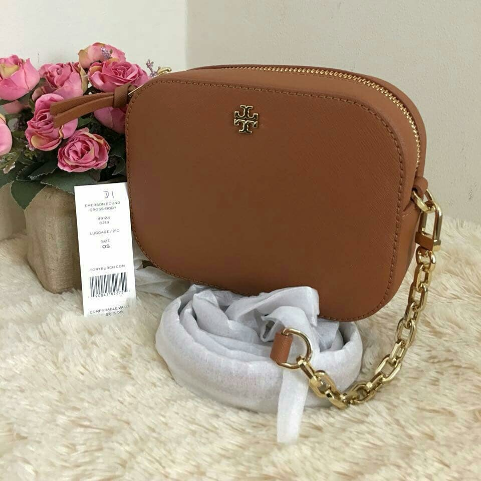 6d7f4524e TB Robinson Round Crossbody, Luxury, Bags & Wallets on Carousell