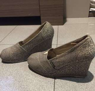 Wakai wedges (original)