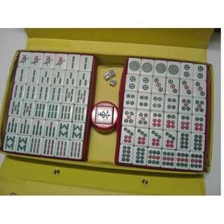 金潮派 天霸王翠竹麻將 絲竹麻將 麻雀粒啊 34mm 墨綠色 附麻將盒、骰子、方向座~