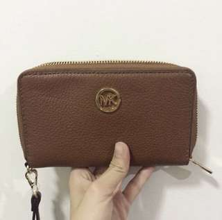 Michael Kors Fulton Leather Luggage Wallet