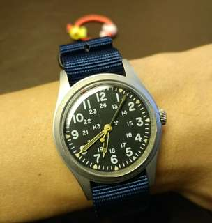 Vintage Hamilton military watch in 1982 for US army , was made in Hong Kong !!