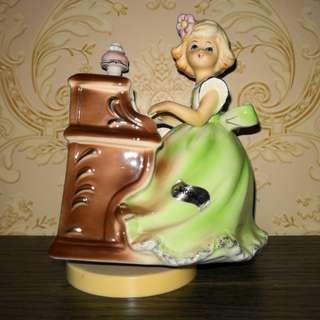 Piano girl music box