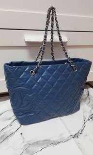 真品Chanel寶藍色羊皮肩背包