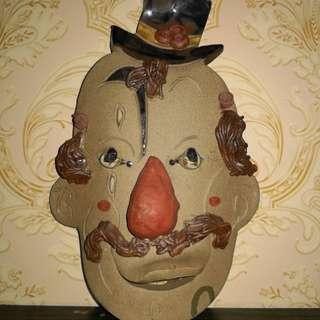clown mask decor