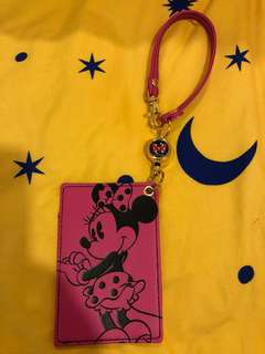 Minnie Mouse Disney lanyard with retractable strap.