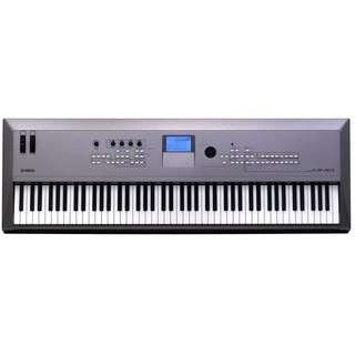 Yamaha MM8 Music Synthesizer Keyboard