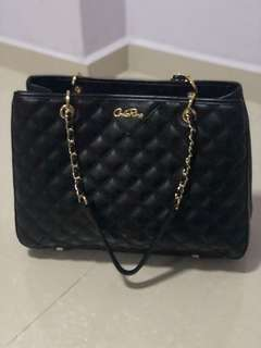 CarloRino bag ( still in good condition ) Only use 1 time.