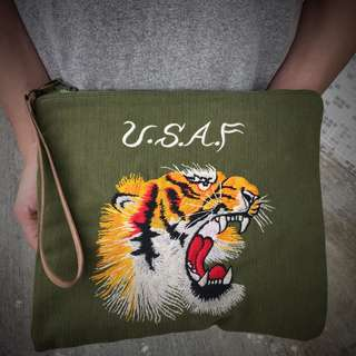 Tiger pattern embroidery canvas pouch clutch bag Unisex
