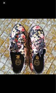 Floral Creepers