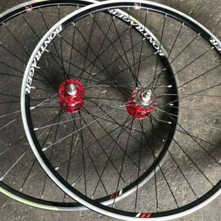 Bonraeger wheelsets with novatech hubs