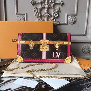 Lv Pochette weekend