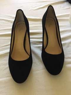Wittner black suede heels size 40