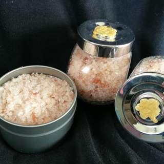 Himalayan detox bath salts