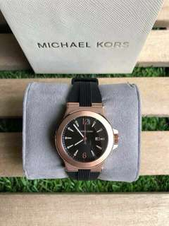 Authentic Michael kors watch ( dylan )
